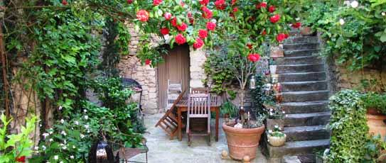rental apartment in provence